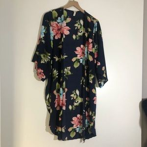 Long women's blouse size small